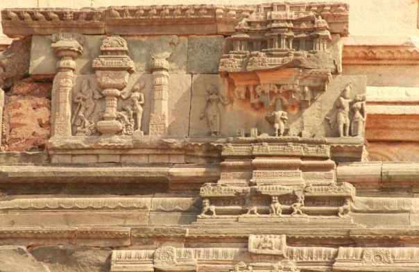 Carvings on Mahanavami dibba
