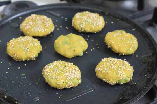 Shallow frying the patties