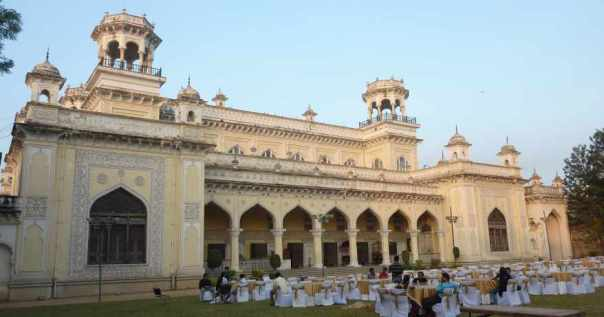 A beautiful chowmahalla backdrop for a wedding