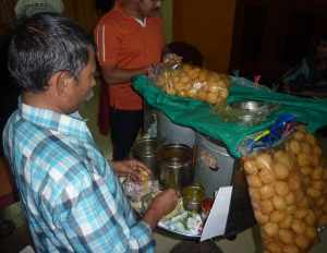 Chaat wala in action