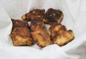 Chicken nuggets soak the oil