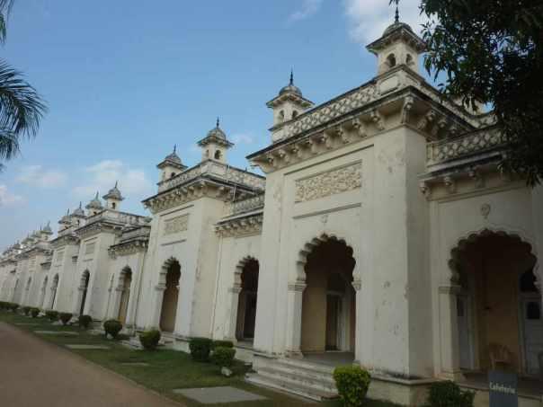 Corridors flanking central courtyard at Chowmahalla