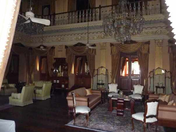 Living room at chowmahalla palace